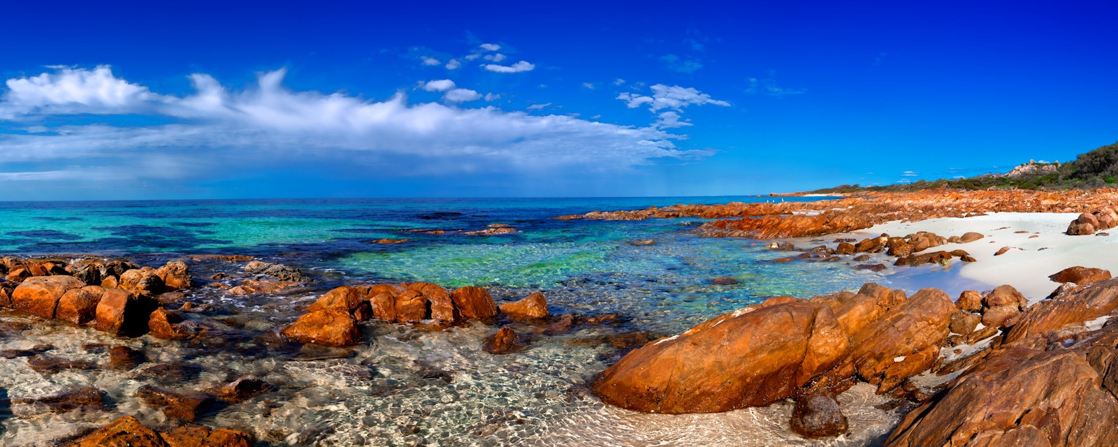 Near Meelup - South West - WA (5x2C2367) - Just one of the many beautiful rocky beaches between Eagle Bay and Meelup Beach near Dunsborough on the South...