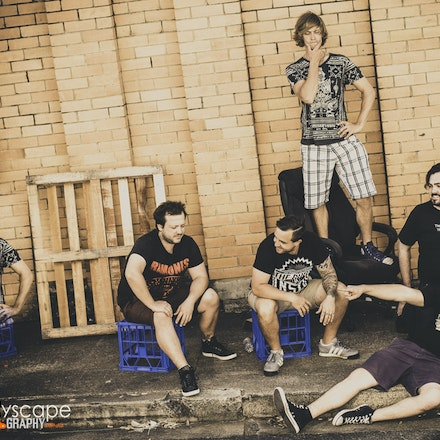 Superkaleida Band Shoot - Brisbane based, loud and energetic out of the traps, post punk funk!