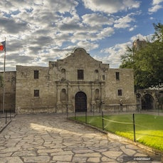San Antonio, Texas - Seventh largest city in the USA, this Texas community reveres its diverse heritage and know how to show visitors a good time.