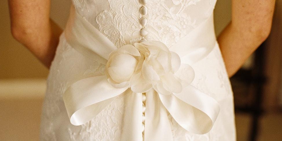 Kate wedding dress detail 3 2 X 1