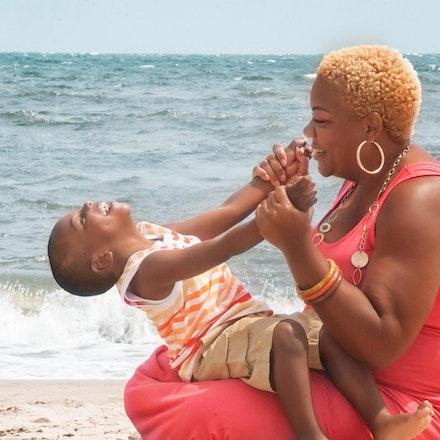 Family: MAMA & SON