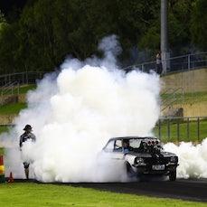 GOOD FRYDAY Burnouts Sydney Dragway