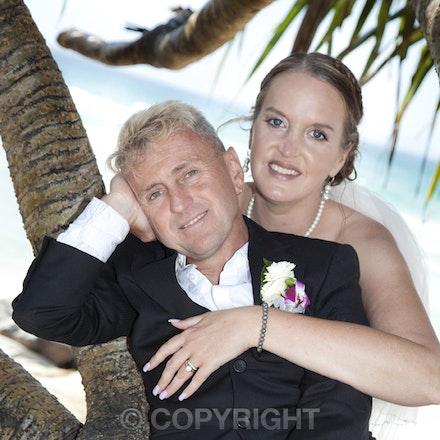 Brett and Tina's Wedding - wedding photography Goldcoast Coolangatta