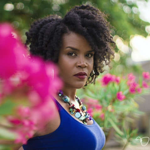 Vicky Melton II - Natural Hair & Style Portrait Session