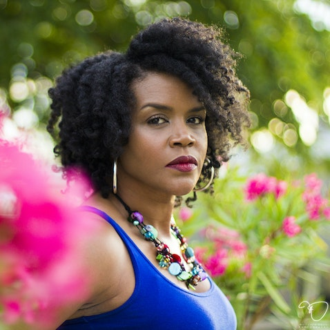 Vicky Melton - Natural hair & Style portrait session. (Bronze Package)