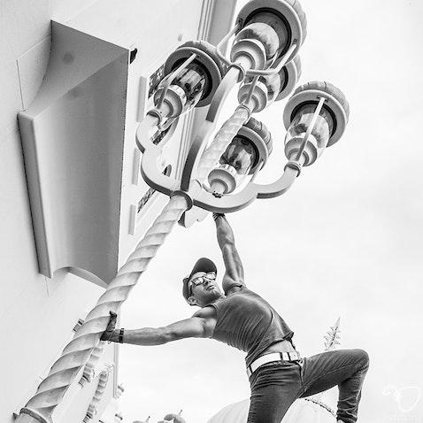 Simon Oganisyan Shoot - Acrobat Cirque Dreams Performer.