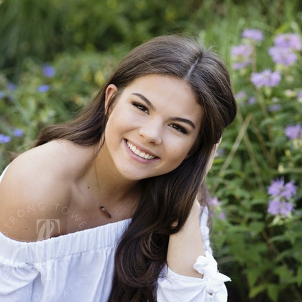 Beautiful Lizzi...Class of 2018!! - Castle View High School
