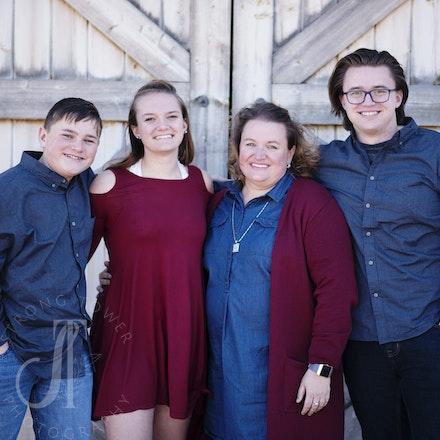 Sharp Family 2018