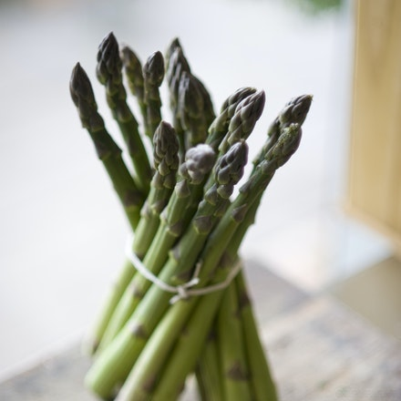 20101003_8812 standing asparagus
