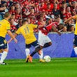 Wanderers draw with Mariners - Picking up their first competition point for the 2014-15 Season, Western Sydney Wanderers drew against Mariners last night.