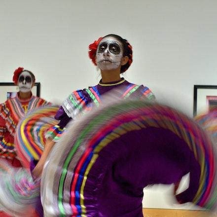 Dia-De-Los-Muertos-Dancer