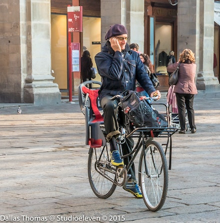 Bicycles are the main form of transport in the old town - 2123