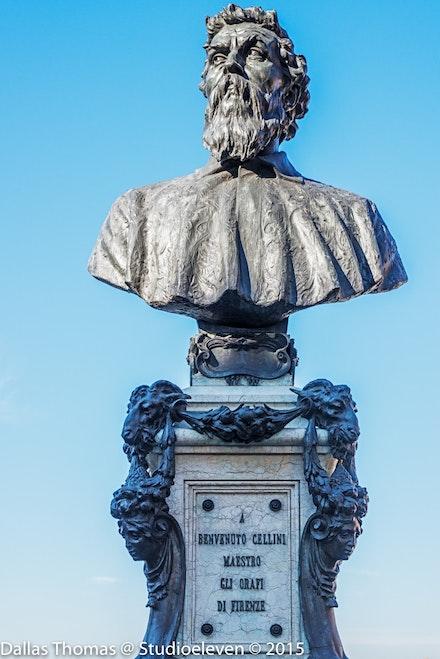 Statue on Ponte Vecchio - 3365-Edit