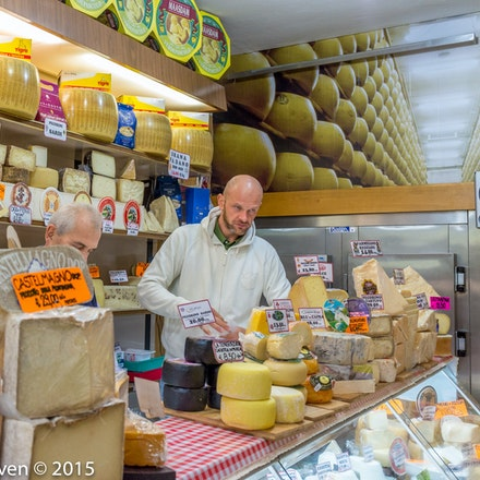 Cheese shop at the covered market - 2061