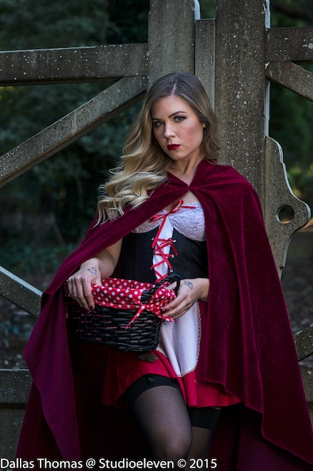 2016 Mount Wilson Little Red Ridinghood - Selected shoots taken late afternoon in Mount Wilson with model Ama Garatshun.
