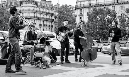 034 Paris Day 2 130915-9687 - Musical entertainment at the Bastille market, Paris, France.