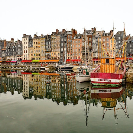 169 - Honfleur - 15-10-16-1186-Pano-Edit - 7 shot Panorama of Honfleur Harbour