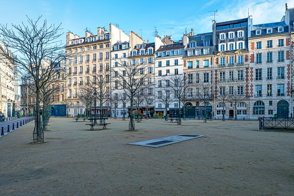 047 - Paris - 8th - 130217-6764-Edit - Place Dauphine