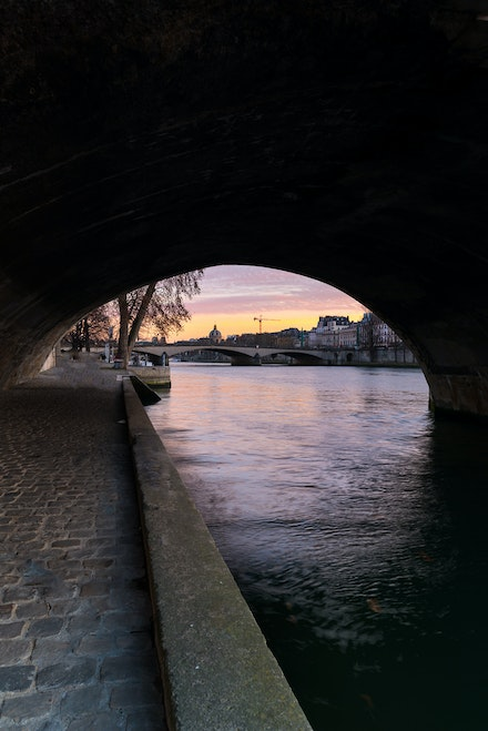 261 - Paris - 1st - 261216-1835-Edit - Under the bridge