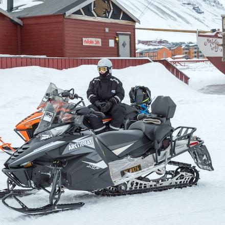 093 Longyearbyen - 250317-2874