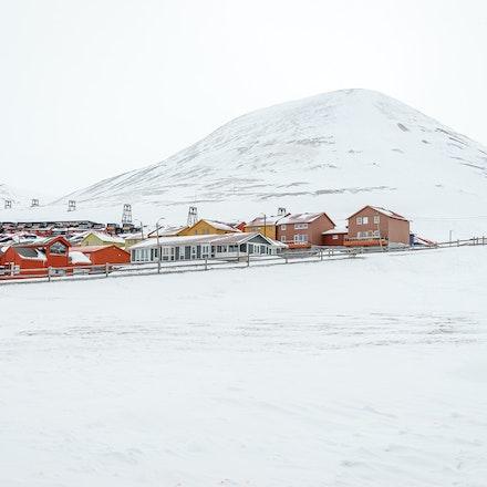 093 Longyearbyen - 250317-2886-Edit