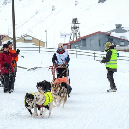 093 Longyearbyen - 250317-2922-Edit
