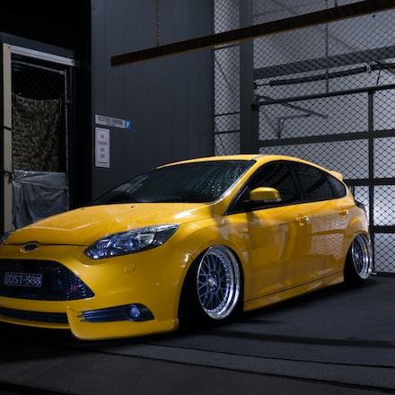 Chris 010 - Tangerine Scream Ford Focus ST lurking the streets of Sydney