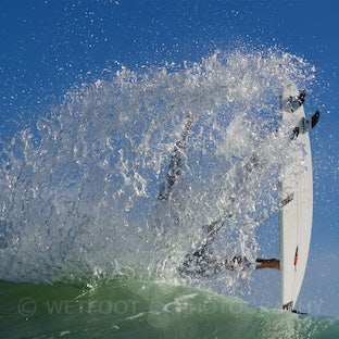 Surf Images - The world of surfing captured both in and out of the water.