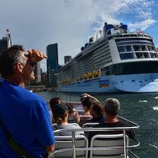 Sydney Harbour Jan 9, 2017 - These shots were taken during a ferry journey around Sydney Harbour.