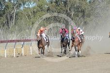 Race 4 Thunda Cookie