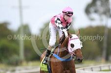 Race 4 Tisani Tomso