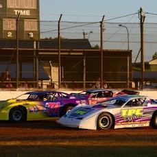 Super Sedans - October 204 Kingaroy Speedway