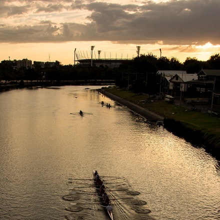 Rowers Making a Splash
