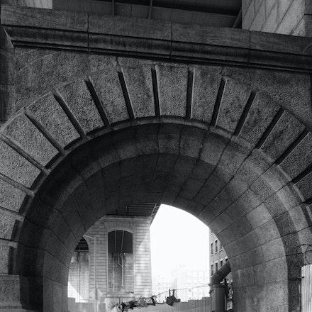 Manhattan Bridge - Under the Manhattan Bridge, Brooklyn USA