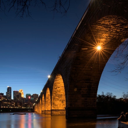 Stone Arch Bridge, Minneapolis - The Stone Arch Bridge spanning the mighty Mississippi River, Minneapolis USA