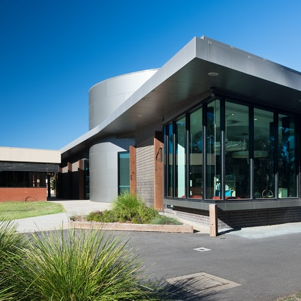 Echuca Library - Echuca Library on the banks of the Murray River