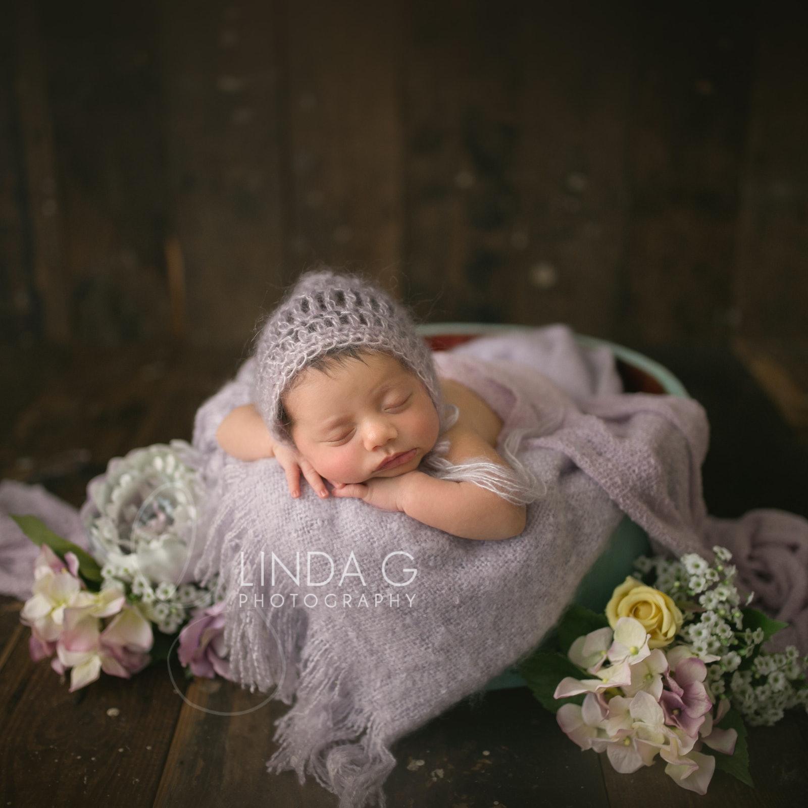 award winning sydney inner west newborn photographer