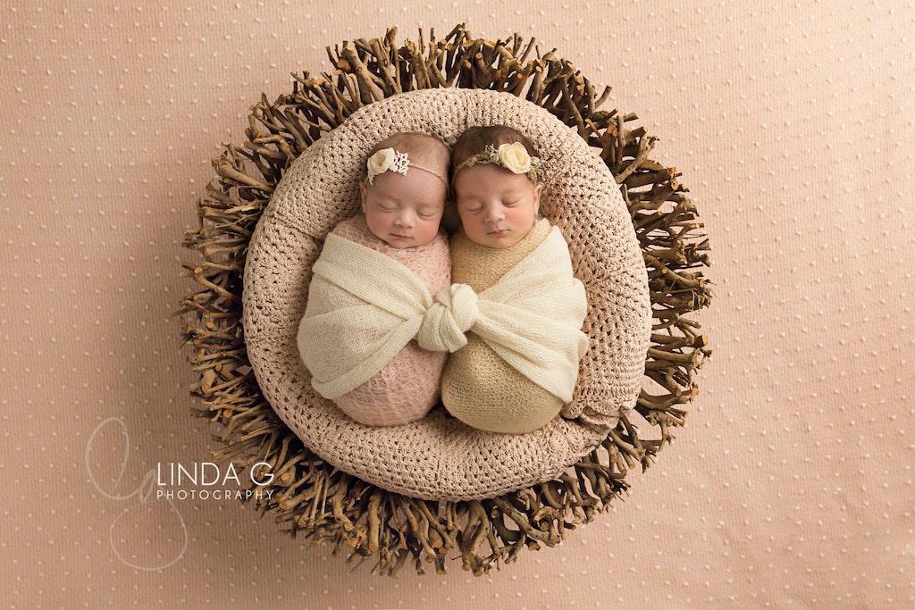 Linda G Photography twins 4