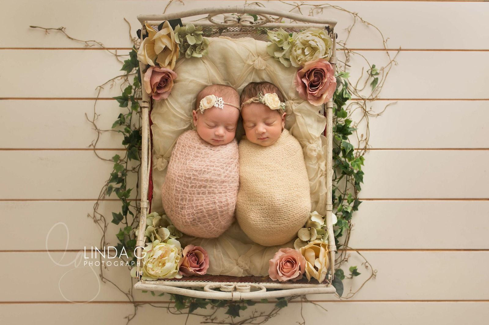 Linda G Photography twins 5