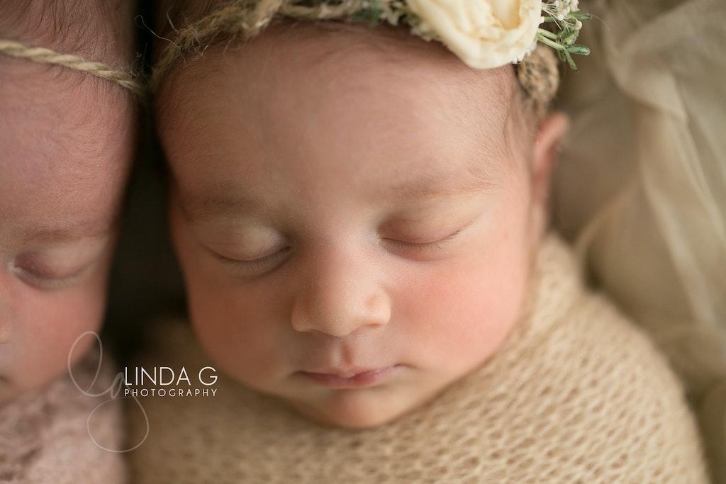 Linda G Photography twins 11