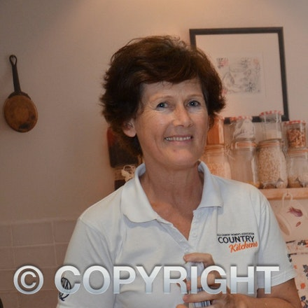 Fiona McKenzie Country Kitchens
