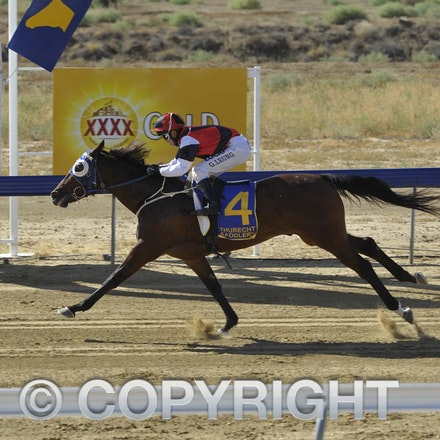 160507 Longreach Races and Fashions in the Field