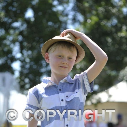161101 Longreach Melbourne Cup Day Races
