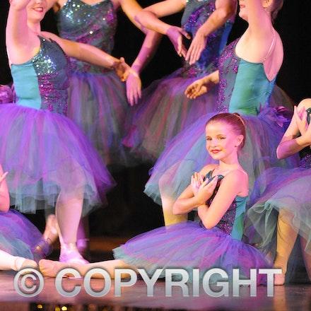 161112_SR23097 - Longreach School of Dance production of Wonka, Saturday November 12, 2016