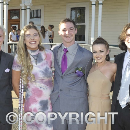 161118_SR24911 - Josh Wallison, Madison Tydd, Kyle Thomas, Mikaela Mathison, Tane Beatty-Smith at the Longreach State High School's Year 12 Formal photo...