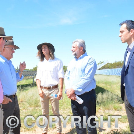170304_DSC_8098 - Maranoa MP David Littleproud, Prime Minister Malcolmn Turnbull, Elecnor Group business development manager Manuel Lopez-Velez and executive...