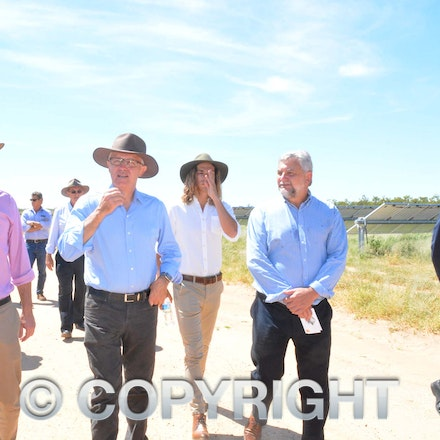 170304_DSC_8101 - Prime Minister Malcolmn Turnbull, Maranoa MP David Littleproud, Elecnor Group business development manager Manuel Lopez-Velez and executive...