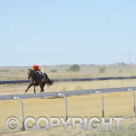 170401 Longreach Races