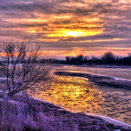 Platte Sunsrise - Early morning ice flowing down the Platte River south of Wood River, Nebraska