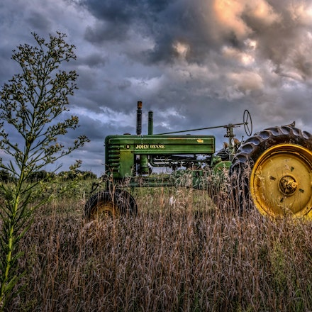 Tractors,  Pivots and ....